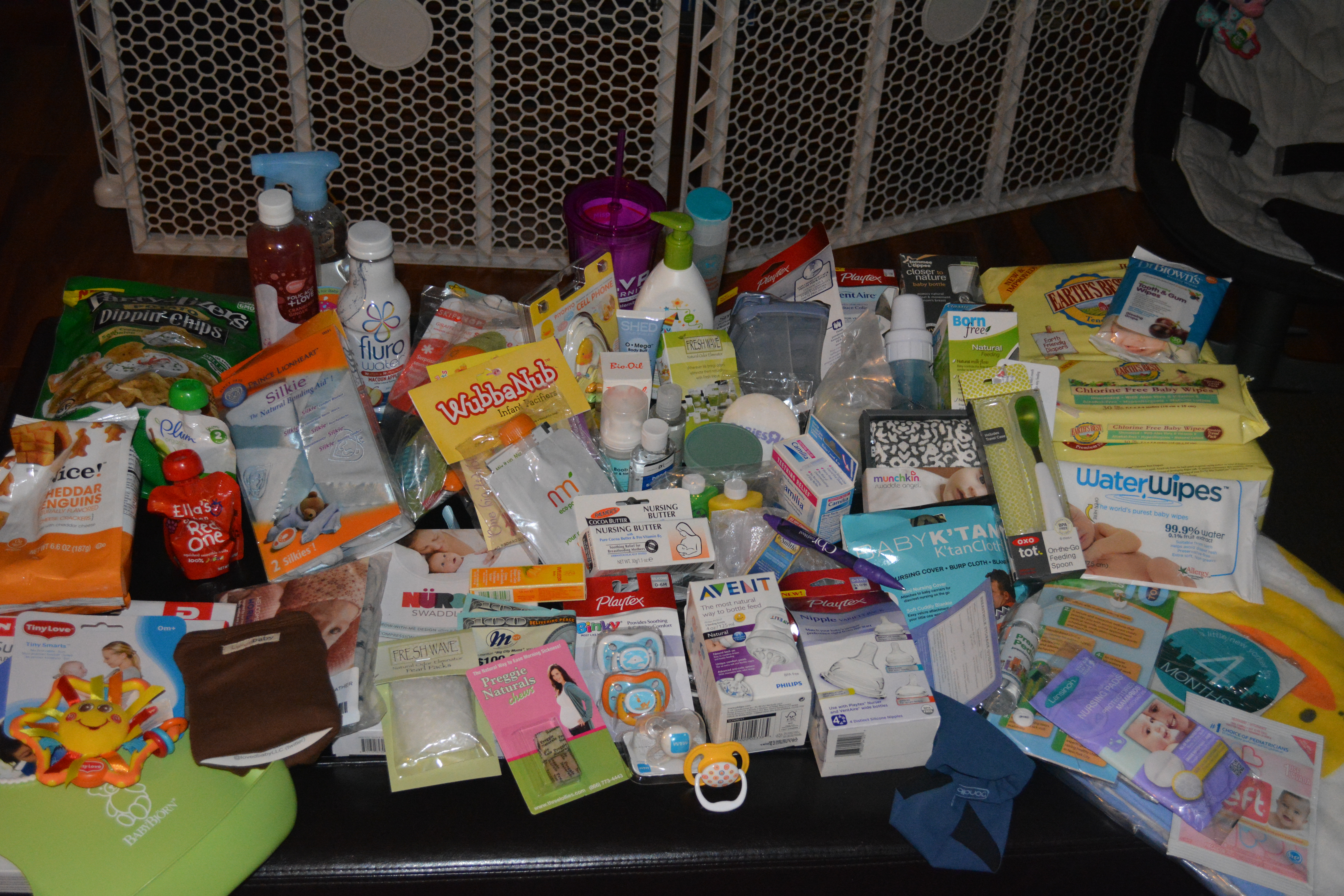 big city moms baby shower gift bag  gifts, Baby shower